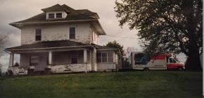 Restoring an Old IowaFarmhouse