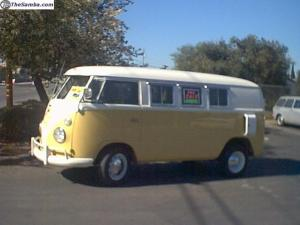 Yellow '63 Bus VW
