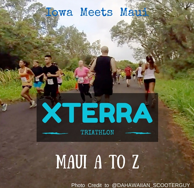 People running in XTERRA Maui 5K